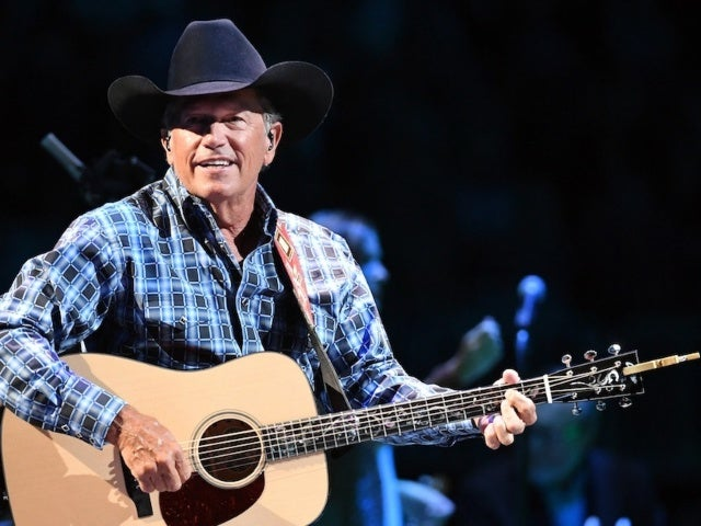 George Strait Postpones Upcoming Stadium Concerts to 2021