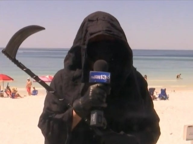Florida Lawyer's Grim Reaper Protest Against Opening Beaches Sums up 2020 for Many Online
