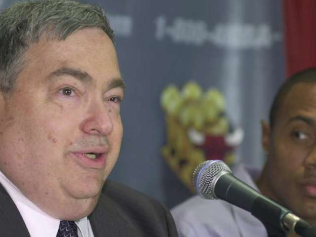 Jerry Krause: What to Know About the Controversial Bulls GM From 'The Last Dance'