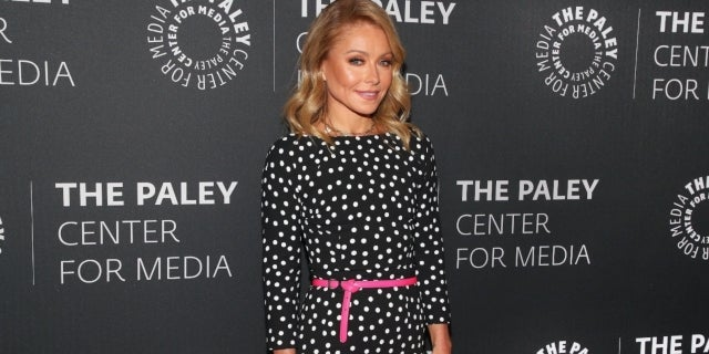 kelly ripa getty images