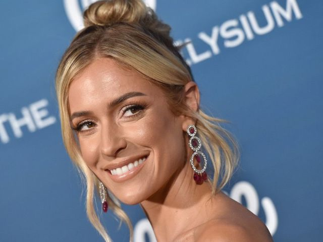 Kristin Cavallari Dances on a Table With 'Southern Charm' Cast Members