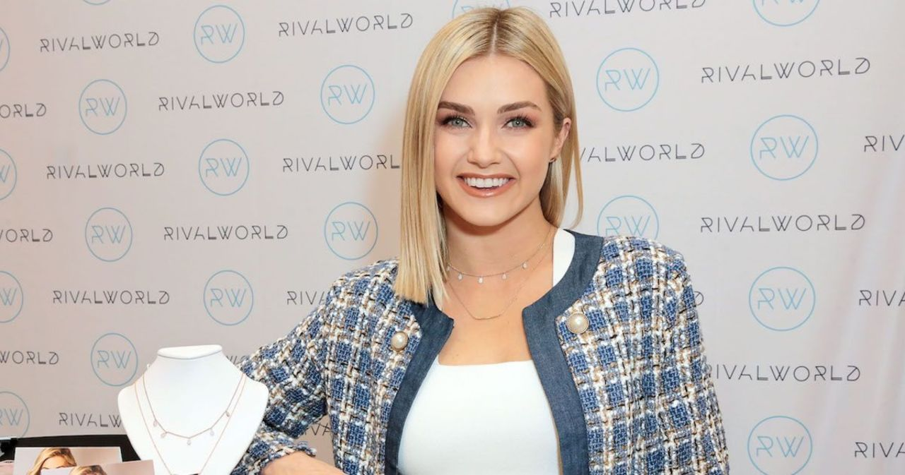 'Dancing With the Stars' Pro Lindsay Arnold Shows off Her C-Section Scar in New Bikini Photo: 'Favorite Part of My Body'.jpg