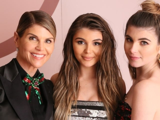 Lori Loughlin's Daughters Reportedly 'Supportive' of Parents Taking Plea Deal