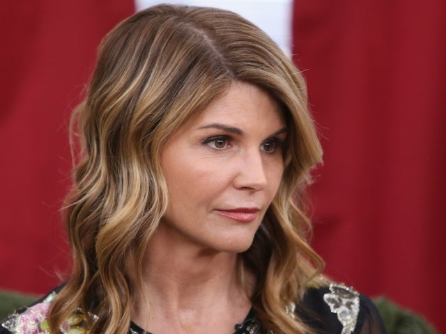 Lori Loughlin Agrees to Plead Guilty in College Admissions Case and Social Media Erupts