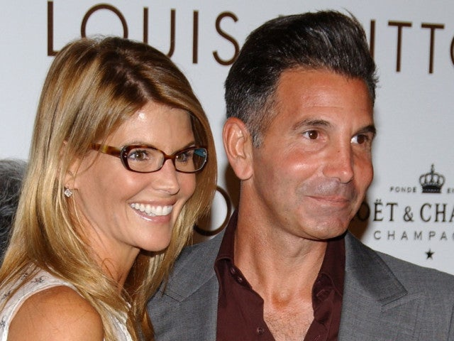 Lori Loughlin and Mossimo Giannulli Tried to Hide College Scandal From Guidance Counselor, Prosecutors Say