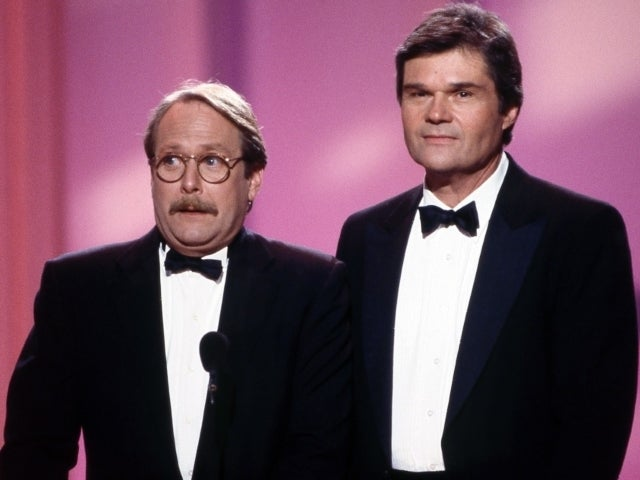 Fred Willard's 'Roseanne' Co-Star Martin Mull Mourns Comedic Icon With Heartfelt Tribute