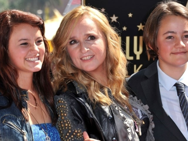 Melissa Etheridge's Daughter Reveals Never-Before-Seen Childhood Photo With Brother Beckett Cypher