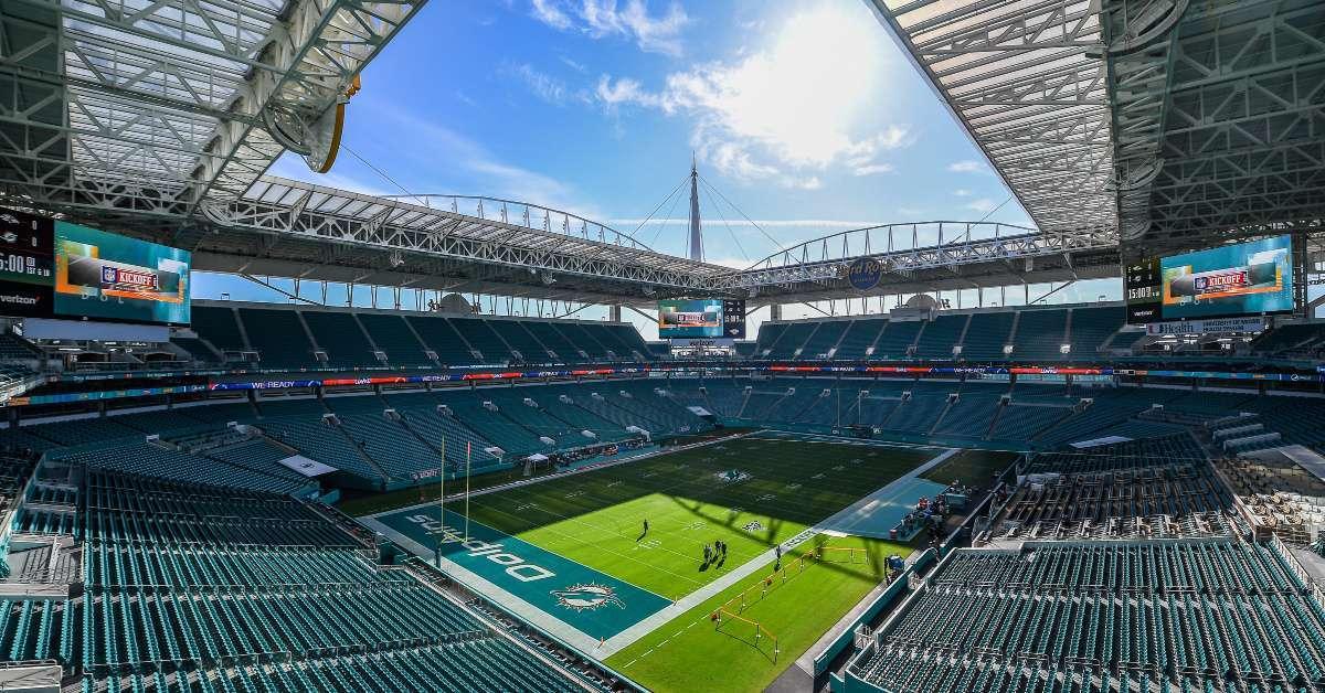 Miami Dolphins plan host games fans coronavirus pandemic