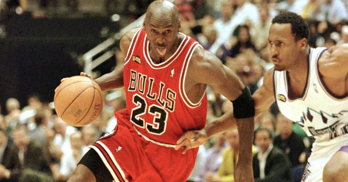 Michael Jordan shoes rookie season sell 560k auction