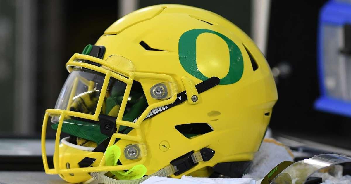 Oregon recruit Luke Hill arrested attempeted murder