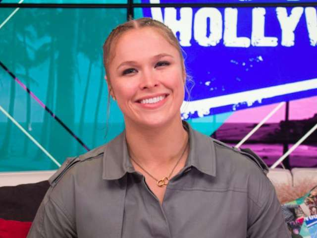 Eli Manning, Ronda Rousey Among Athletes Starring in 'Peyton's Places' Spinoffs