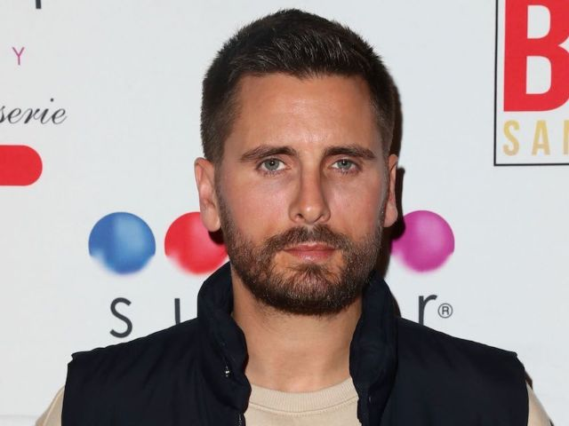 Scott Disick Spotted Touring $115 Million Mansion With Girlfriend Amelia Hamlin