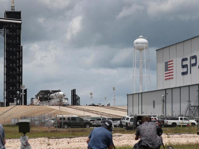 SpaceX Launch: Crew Dragon Completes Successful Liftoff
