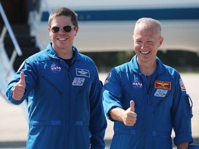 SpaceX Demo-2 Launch: See Astronauts Bob Behnken and Doug Hurley's Tweets Ahead of Liftoff