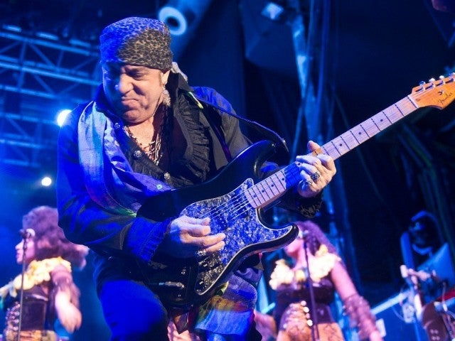 Little Richard Mourned by Stevie Van Zandt: 'Lucky to Know Him'