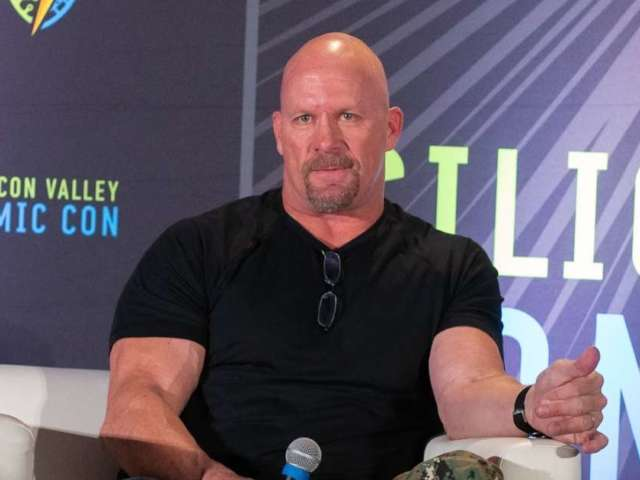 'Stone Cold' Steve Austin's Face Mask Photo Lights up Social Media