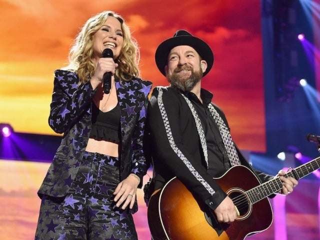 Sugarland Scraps There Goes the Neighborhood Tour 2020