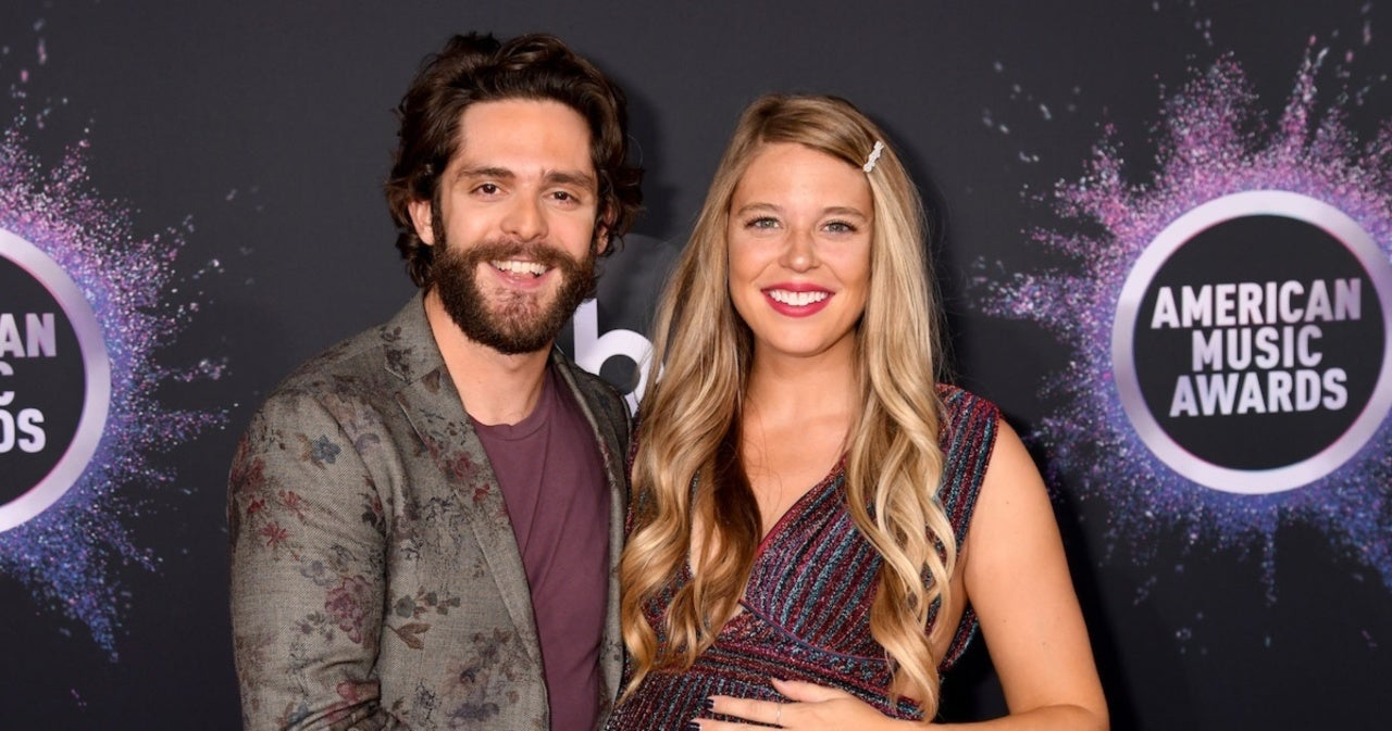 Thomas Rhett Reveals How Wife Lauren Akins Gave Him the Okay to Share Pregnancy News.jpg