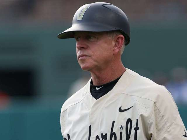 ESPN Viewers Notice Vanderbilt Baseball Coach Still Has His Christmas Tree Up