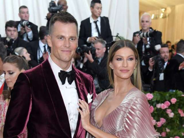 Tom Brady and Wife Gisele Bundchen Take the TikTok 'Couples Challenge'