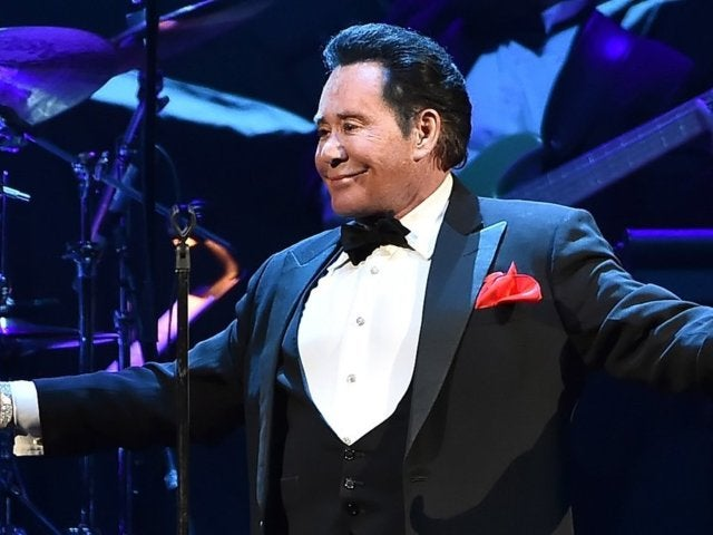Roy Horn Dead: Las Vegas Legend Wayne Newton Pays Tribute to Late Siegfried and Roy Magician