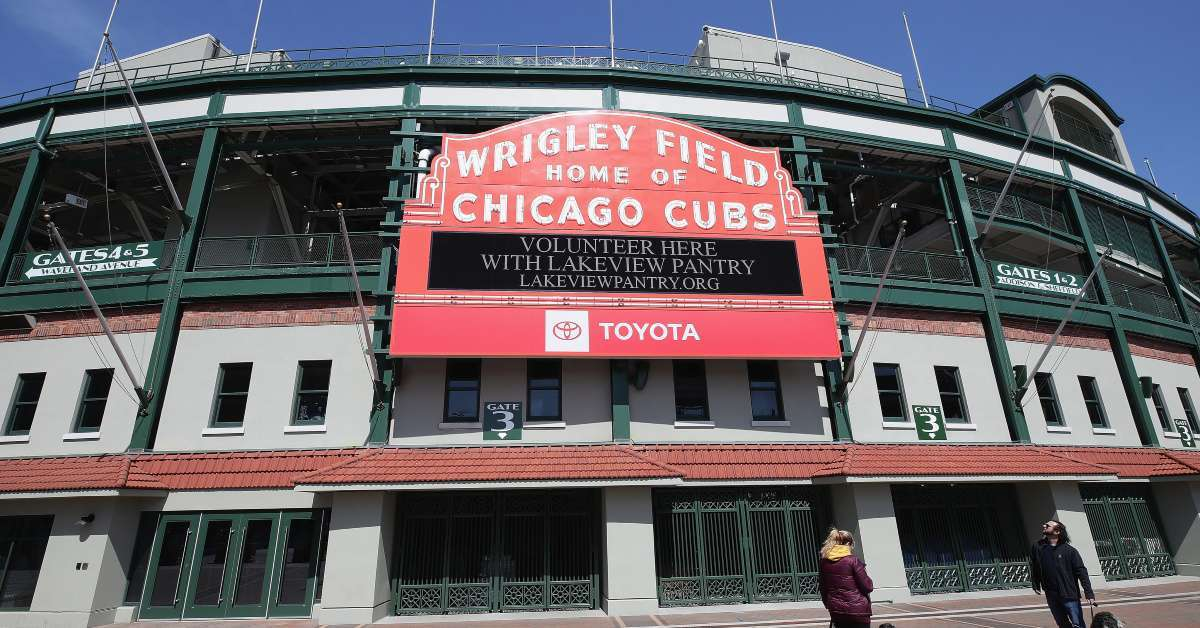 Woman hit foul ball Cubs game sues team MLB