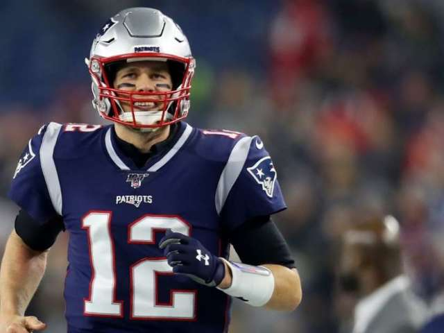 YouTuber Logan Thirtyacre Pays $800K to Have Dinner With Tom Brady