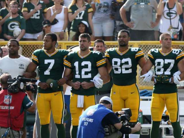 Aaron Rodgers Brings up Locked Arms Controversy Amid George Floyd Protests