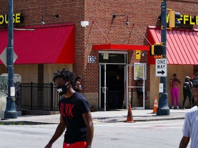 Watch: Atlantans Seemingly Protect Waffle House From Vandalism During George Floyd Protests