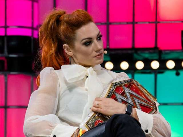 WWE's Becky Lynch Is No Longer a Redhead, Reveals New Look