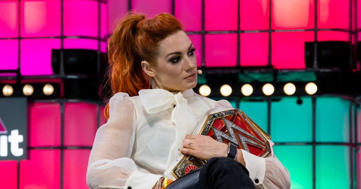 Becky Lynch no longer redhead reveals new look