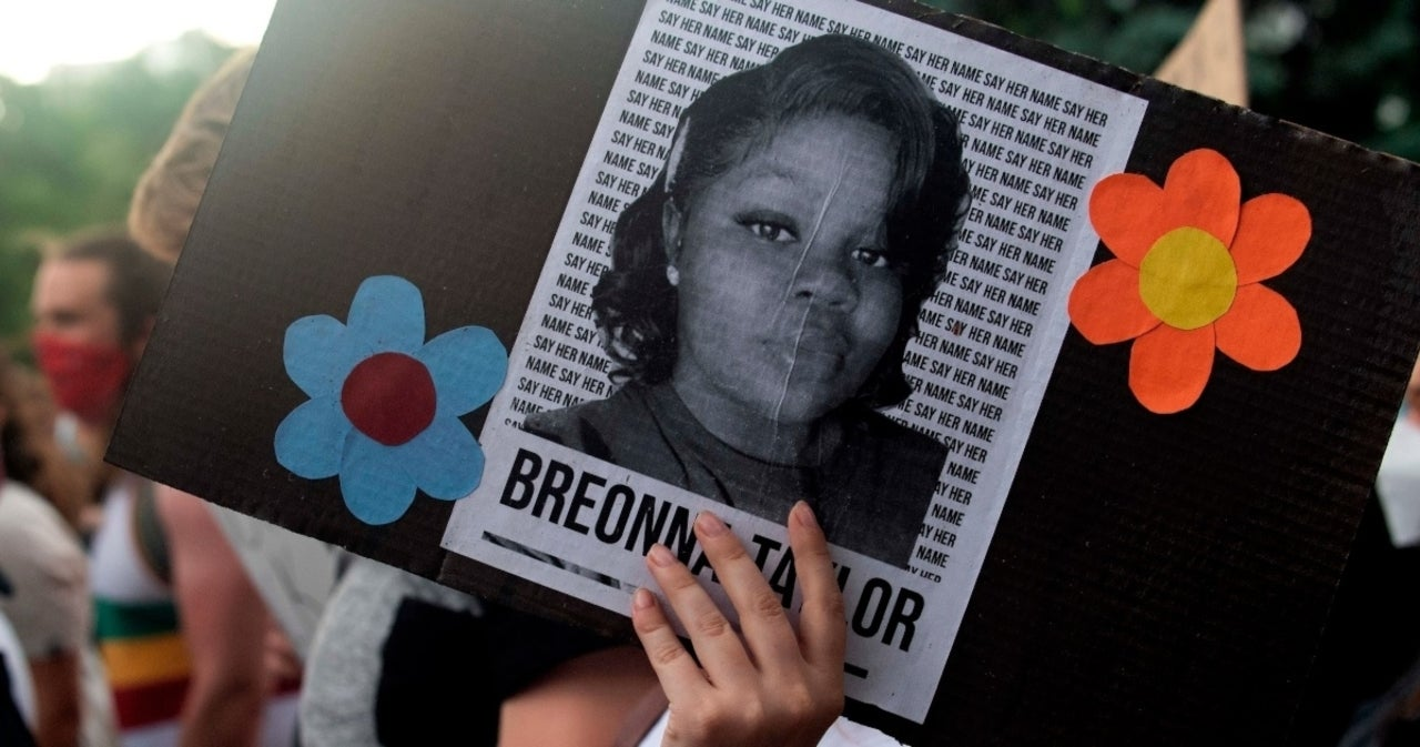 Breonna Taylor's Mother Talks Gut-Wrenching Call She Received the ...