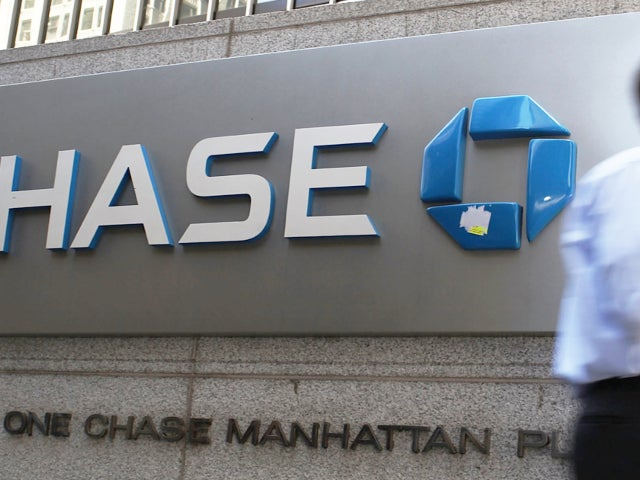 Chase Customers Says Funds Were Taken From or Added Into their Accounts Overnight