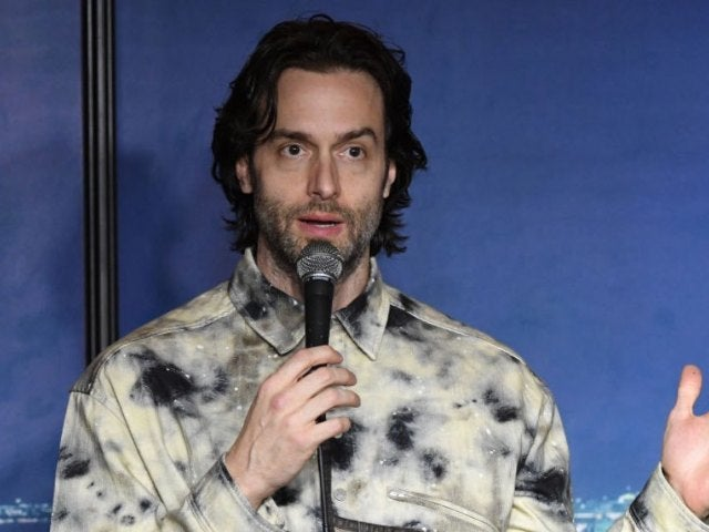 Chris D'Elia's Team Releases 'You' Star's Email Exchanges With Accusers