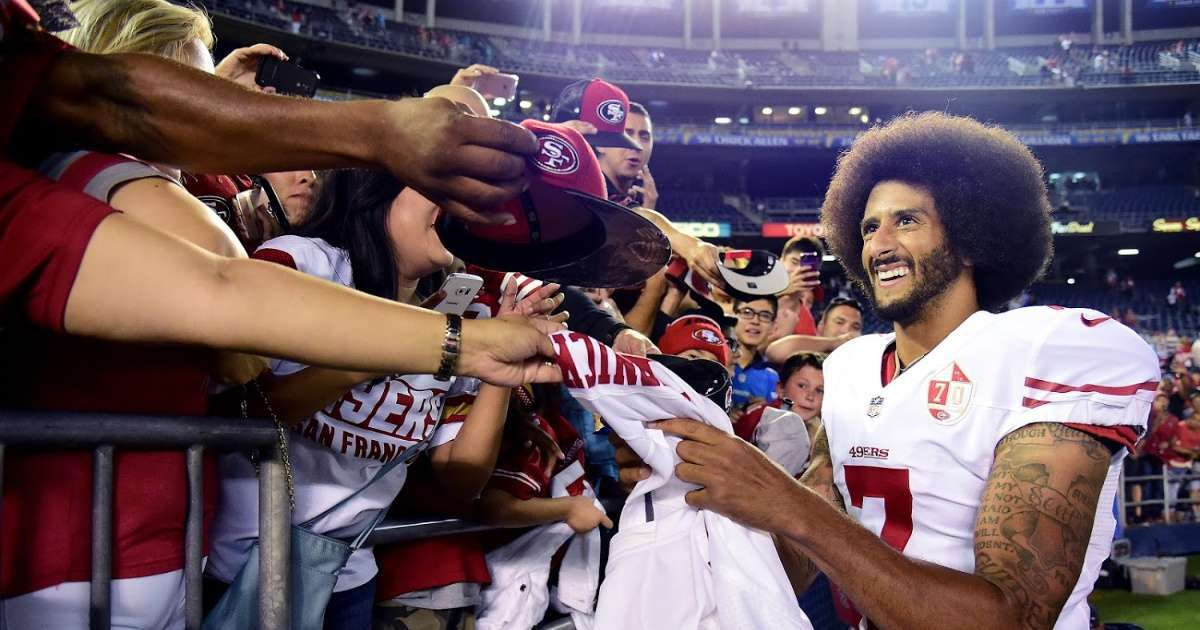 Colin Kaepernick thousands agree viral tweet NFL teams sign QB