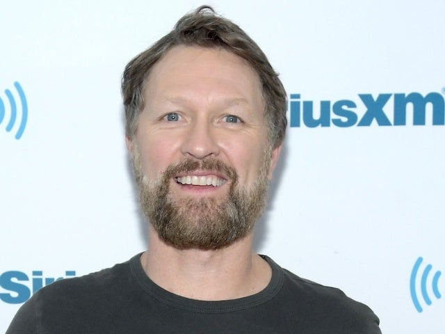 Craig Morgan Shares Graphic Photo of Knee Injury After 'Machete Gash'