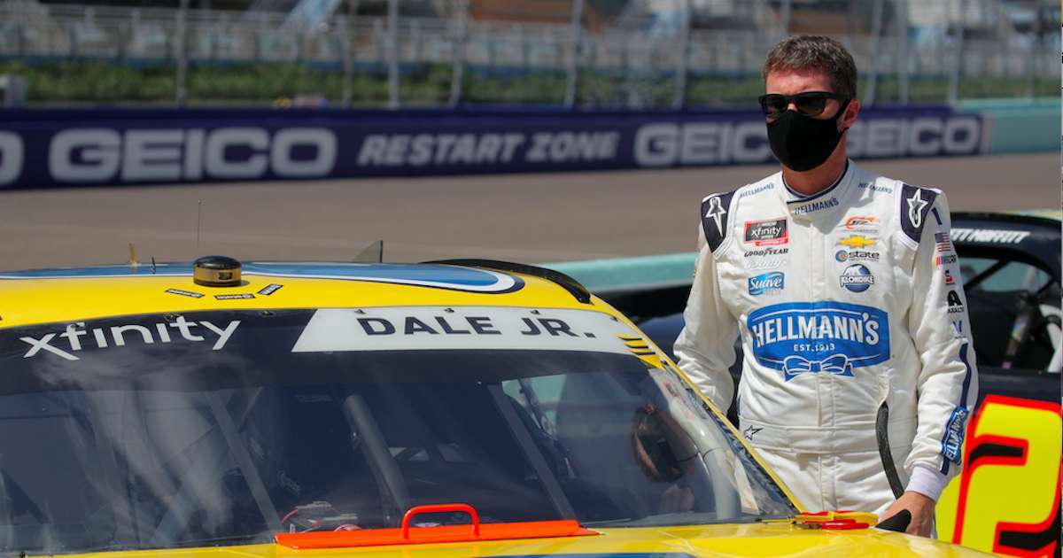 Dale-Earnhardt-JR-Reactions