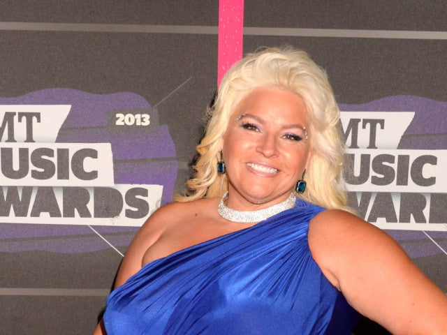 'Dog the Bounty Hunter' Fans Can't Believe It's Been a Year Since Beth Chapman's Death