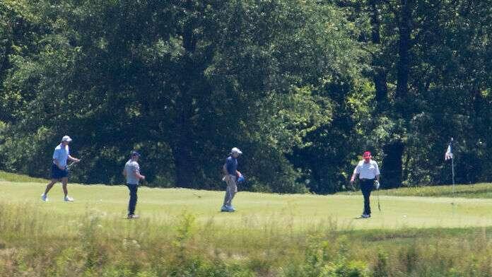 Donald-Trump-Golf-7