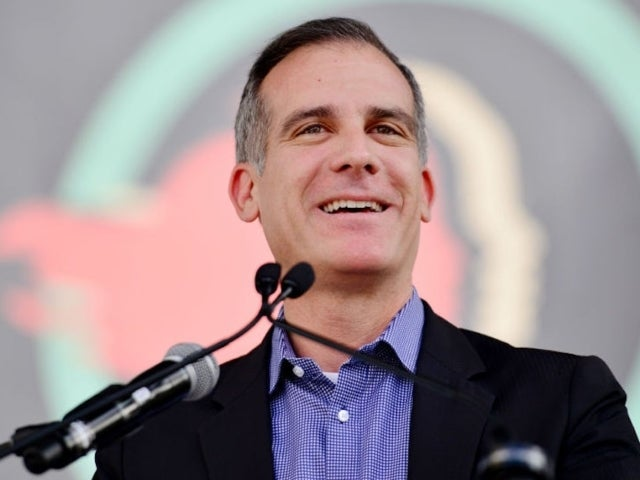 Watch: Eric Garcetti Reacts to Earthquake on Live TV During Protest Address