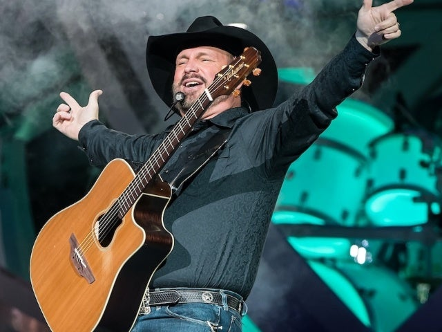Garth Brooks' Drive-In Event Draws Over 350,000 Fans