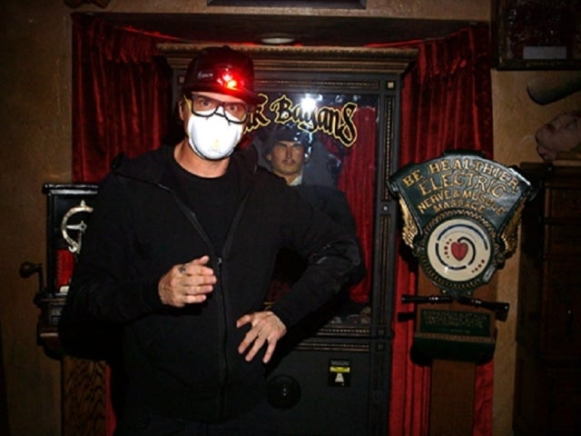 'Ghost Adventures: Quarantine' Exclusive Sneak Peek Previews Zak Bagans and Crew Opening Infamous Dybbuk Box