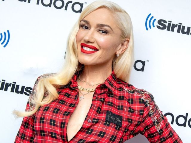 Gwen Stefani Reveals Rare Photos of Her Dad in Honor of Father's Day