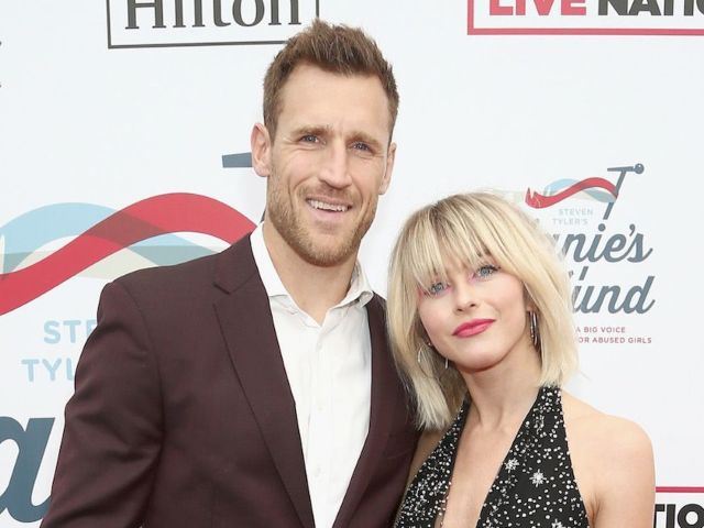 Julianne Hough and Brooks Laich Reportedly 'Want to Try and Make Things Work' Amid Separation