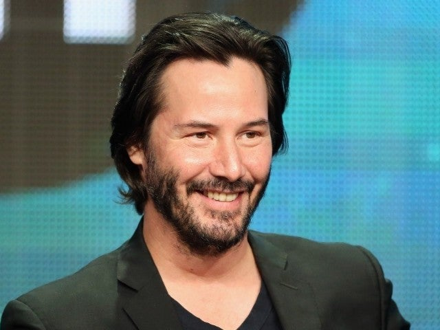 Keanu Reeves Auctions off Private Zoom Date for Charity