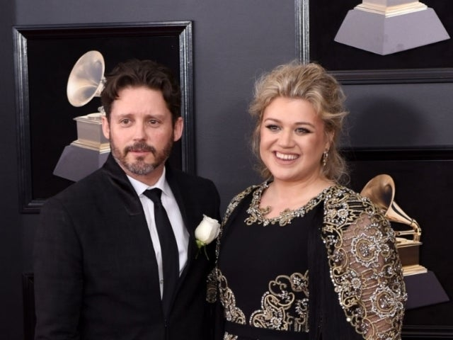 Kelly Clarkson's Husband Brandon Blackstock: What to Know