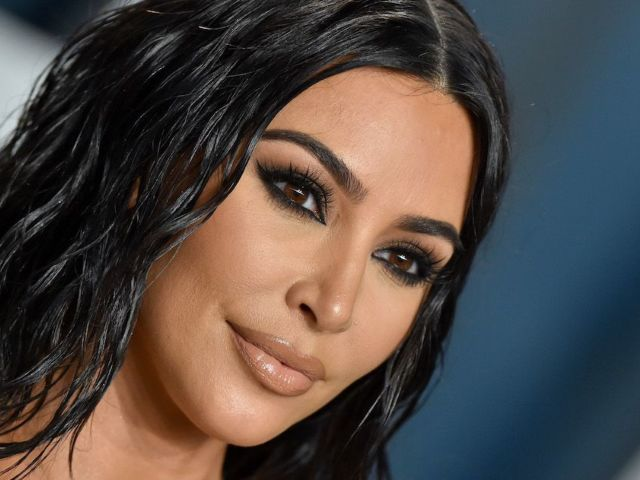 Kim Kardashian Just Dyed Her Hair Red, and She Looks Totally Different