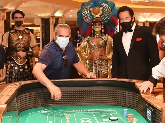 Watch: Tourists Pack Las Vegas Casino Despite Coronavirus Pandemic