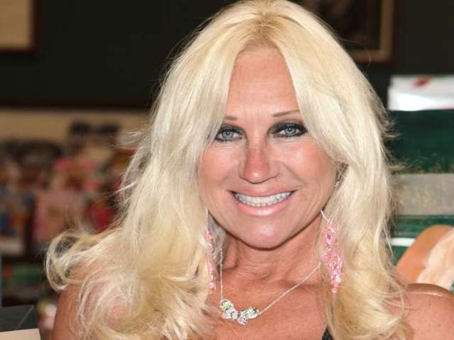 Hulk Hogan's Ex-Wife Linda Tweets out False Rant About Looters: 'It's All Afro Americans'