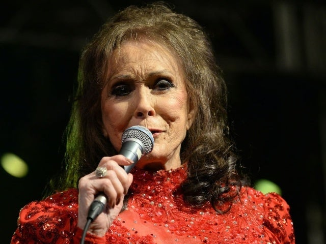 Loretta Lynn Reflects on Unrest in the US: 'We Need God Now'